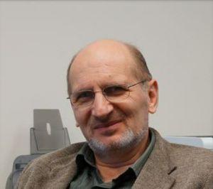 Dr. Zavalij